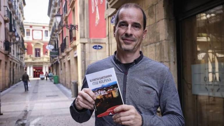 «Eleberri beltz batekin heldu da plazara Alfontso Gartziandia iruindarra» – El Diario Vasco